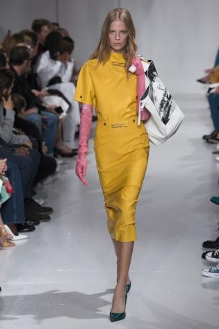 Calvin Klein Spring 2018 amarelo