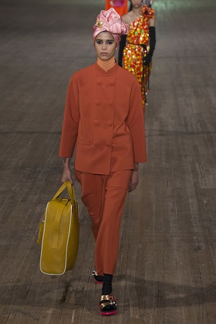 Marc Jacobs Spring 2018 amarelo