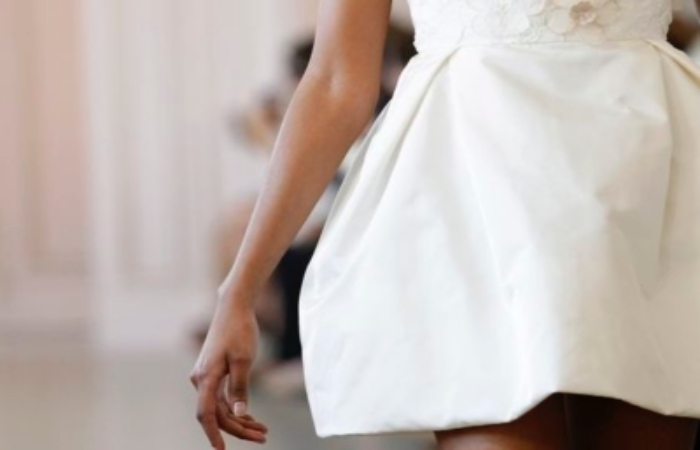 Usando o vestido branco de Réveillon o ano todo!